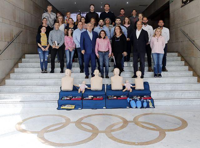 Una investigación universitaria concluye que el salvamento y socorrismo educa en los valores del Ideario Olímpico - 1, Foto 1