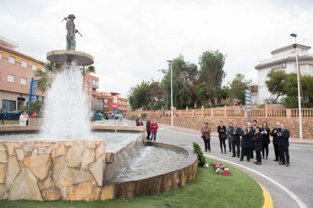Autoridades y vecinos recuerdan a las víctimas de los accidentes mineros, Foto 1