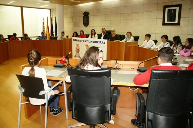 """The Children's Plenary of the 2018/2019 academic year is celebrated this Thursday under the title """"Totana, towards a more sustainable city"""", Foto 5"""