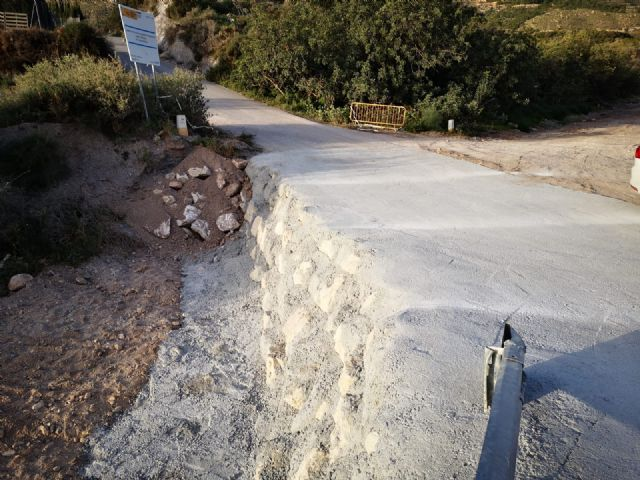 They fix the section of the road of La Huerta at its intersection with the ravine of Los Molinos, at the height of the hermitage of this deputation