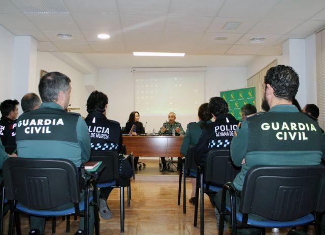 La Guardia Civil forma a las Policías Locales de Santomera y Alhama de Murcia en materia de Violencia de Género - 1, Foto 1