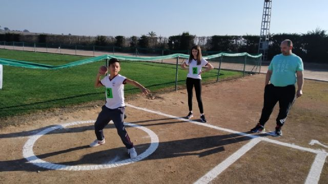 The Local Phase of School Sports Athletics was attended by 90 school children, Foto 1