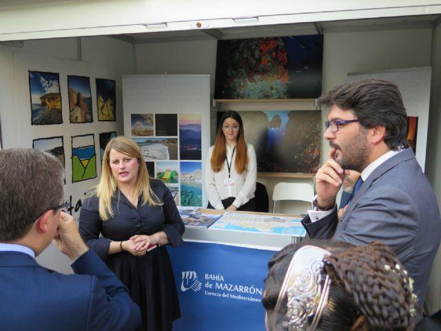 Un stand proyecta el potencial turístico de la Bahía de Mazarrón en la III muestra regional, Foto 3