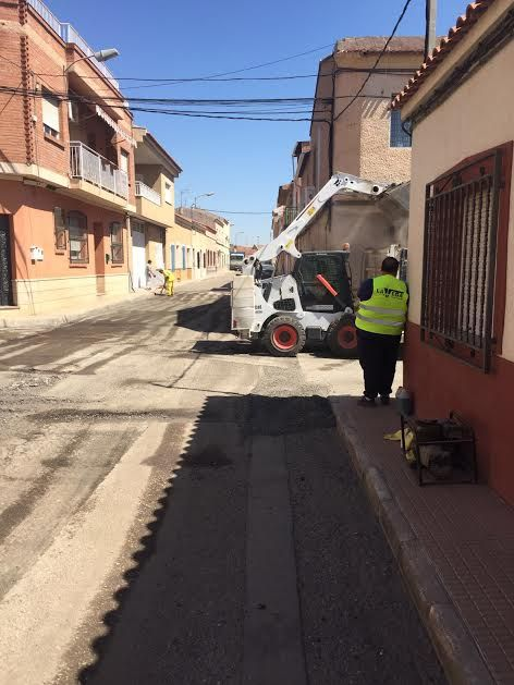 They patched several streets of the neighborhood of the Rambla of Los Arcos that presented great deterioration, Foto 2