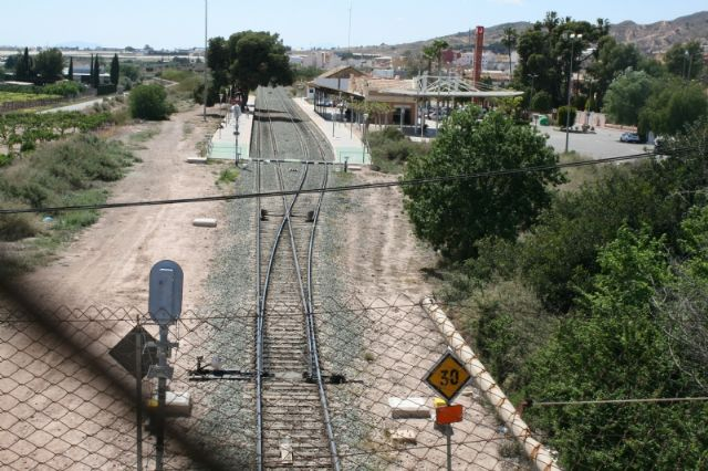 Totana City Council is going to request Adif to extend the period of allegations of the Mediterranean Corridor after the alteration of the AVE Murcia-Almería route on its way through Totana