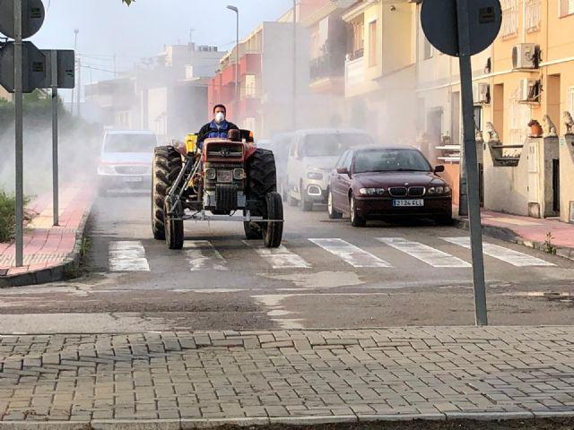 El Ayuntamiento de Puerto Lumbreras intensifica las tareas de limpieza y desinfección contra el Covid-19 - 1, Foto 1