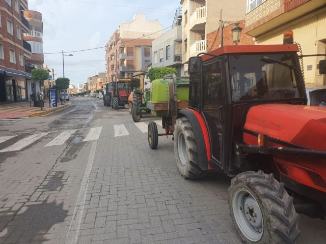 El Ayuntamiento de Puerto Lumbreras intensifica las tareas de limpieza y desinfección contra el Covid-19 - 3, Foto 3