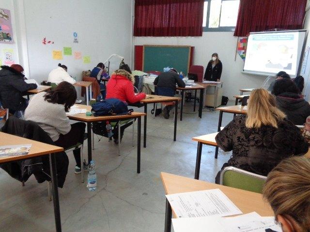 Los alumnos del PMEF Atención Sociosanitaria a Personas Dependientes en Instituciones Sociales complementan su formación con un Curso de Gerontología, Foto 1
