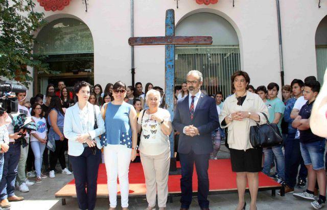 La Cruz de Lampedusa, símbolo de solidaridad y unión entre pueblos, llega a Caravaca - 1, Foto 1