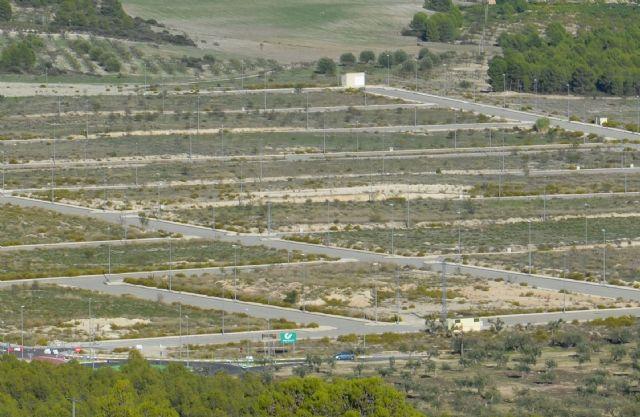 IU-verdes: La alcaldesa, Candi Marín, consigue que el Polígono Industrial pueda ponerse en marcha - 1, Foto 1