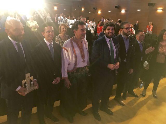López Miras asiste al pregón inaugural de las fiestas de Moros y Cristianos de Archena - 1, Foto 1