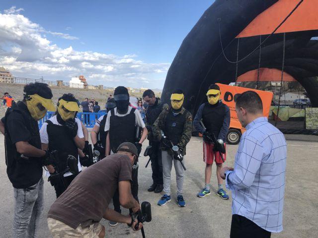 Los jóvenes practican 'paintball' en Puerto Lumbreras a través del programa 'Dicho y hecho' - 1, Foto 1