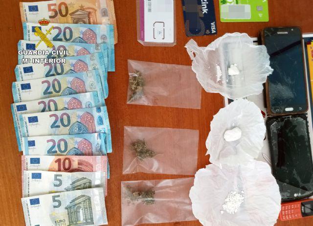 La Guardia Civil desmantela un punto de venta de droga a domicilio en Fortuna - 4, Foto 4