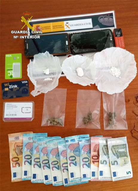 La Guardia Civil desmantela un punto de venta de droga a domicilio en Fortuna - 5, Foto 5