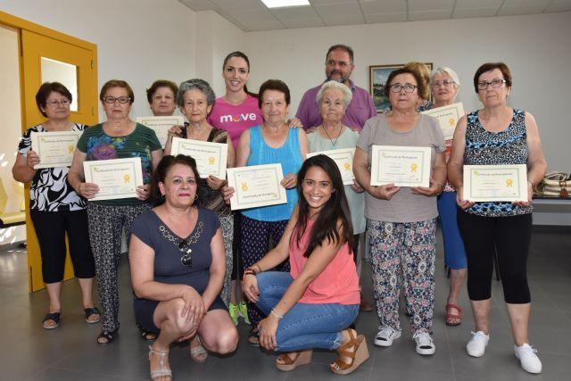 Se clausura el programa municipal de Gimnasia para Personas Mayores en El Paretón, Foto 1