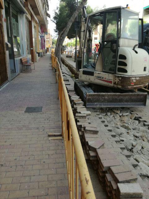 Ciudadanos tacha de ataque injustificado al comercio y al turismo el corte por obras de la avenida de Lo Pagán - 1, Foto 1