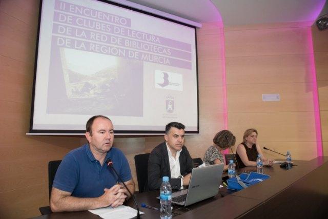 Representantes del Club de Lectura de Totana asisten al II Encuentro de Clubes de Lectura de la Región de Murcia, Foto 1