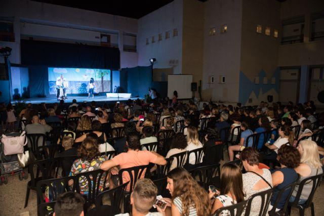 El IES El Carmen de Murcia abre el ciclo del I concurso regional de teatro escolar, Foto 1