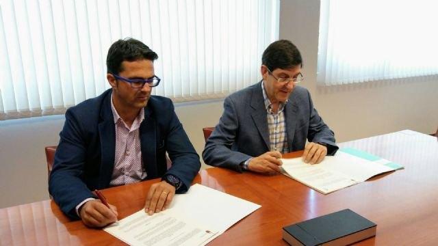 Salud firma un acuerdo con la asociación D´genes para mejorar la calidad asistencial del colectivo con enfermedades raras, Foto 1