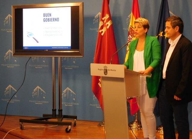 El Gobierno regional realiza la primera consulta a trabajadores públicos en materia de Transparencia y Participación - 1, Foto 1