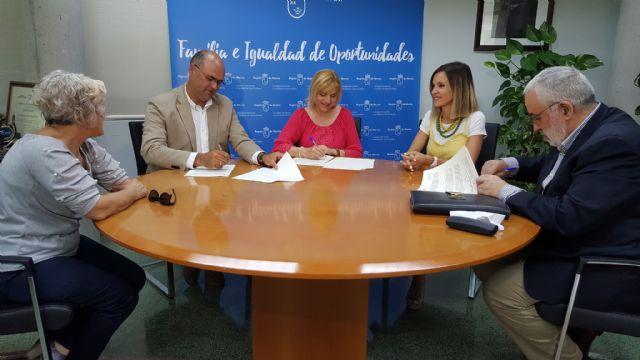 Firmado un convenio de 132.000€ para la atención temprana a menores con problemas de desarrollo - 1, Foto 1