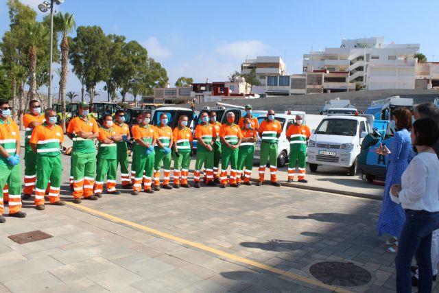 Ayer se presentaba la nueva flota de vehículos del servicio de limpieza viaria y recogida de residuos - 1, Foto 1