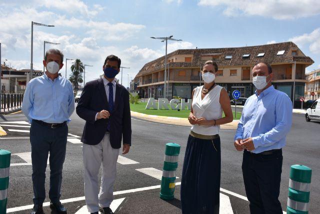 Consejero de Fomento y Alcaldesa inauguran las obras de mejora y redonda de la avenida Daniel Ayala - 2, Foto 2