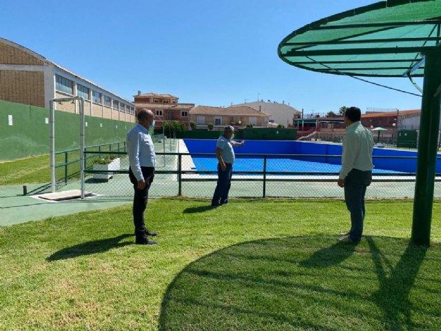 Visita del Alcalde a las instalaciones de la piscina de verano de Mula - 1, Foto 1