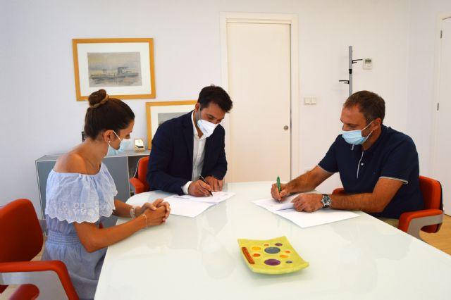 El Ayuntamiento y ASAJA firman un convenio para desarrollar acciones formativas - 1, Foto 1