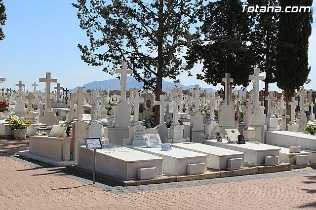 El PP denuncia que Ganar Totana-IU y PSOE suben hasta el 180% las tasas del cementerio municipal, Foto 1