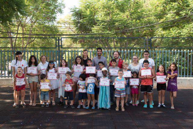 Las escuelas de verano de Bahía y la Cañadica finalizan con un campamento, Foto 2