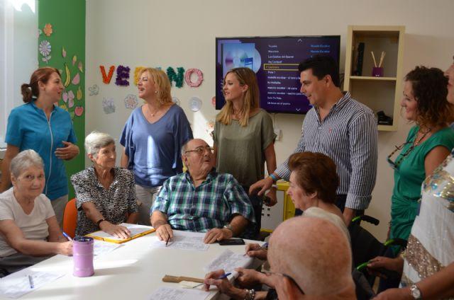 La consejera de Familia visitó las residencias de personas mayores de Pozo Aledo y Santiago de la Ribera donde se han incrementado la plazas concertadas - 2, Foto 2