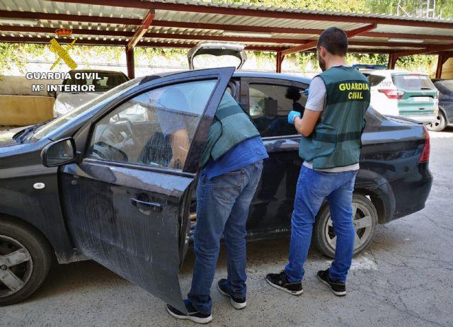 La Guardia Civil detiene a una pareja dedicada a cometer robos en Cieza - 5, Foto 5