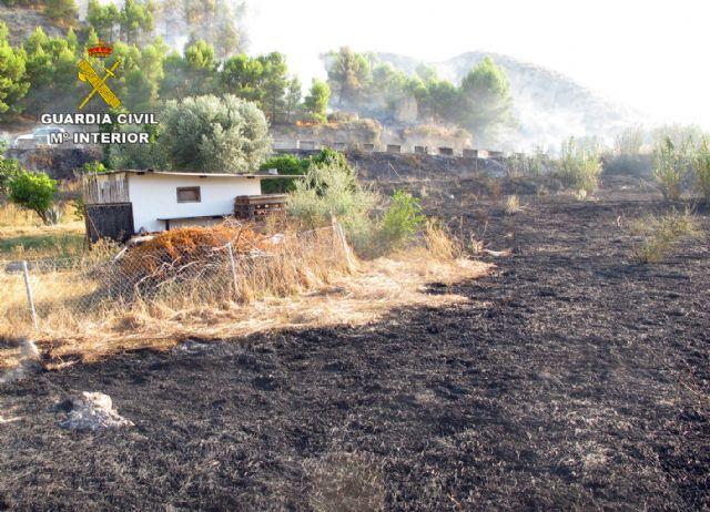 La Guardia Civil investiga a dos personas por un incendio forestal ocurrido en Blanca - 1, Foto 1
