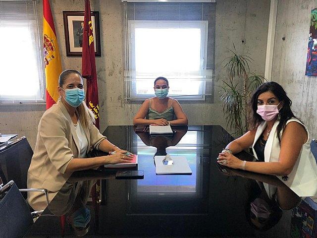 Reunión de la Concejalía de Educación con la Directora General de Centros Educativos - 1, Foto 1
