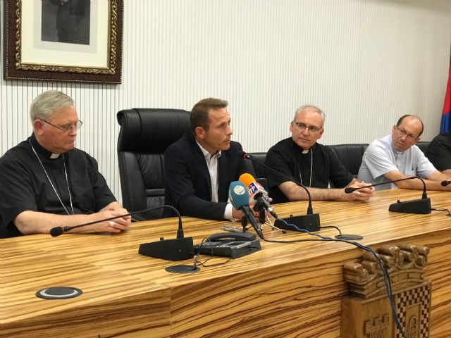 El Alcalde recibe al Obispo de Cartagena - 4, Foto 4