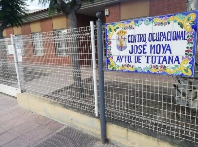 La Alcaldía decreta por prevención el cierre, al menos siete días, de los dos Centros de Día para la Discapacidad de Totana por el contagio por COVID-19 de una profesional - 1, Foto 1