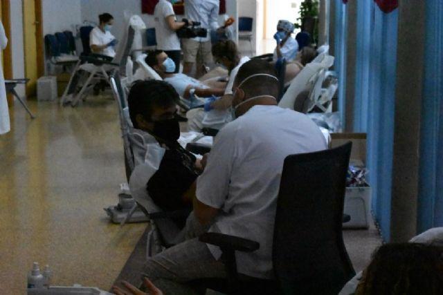 Los festeros acuden a la llamada de la donacion de sangre - 1, Foto 1