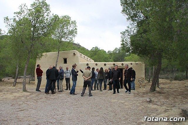 El alcalde acompaña a senadores murcianos a visitar el yacimiento aqueológico de La Bastida - 1, Foto 1