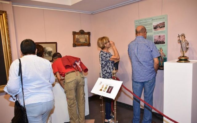 "More than 600 people have visited to date the commemorative exhibition of the Centennial of the City ""Totana, in centesimo anno suo"", Foto 3"