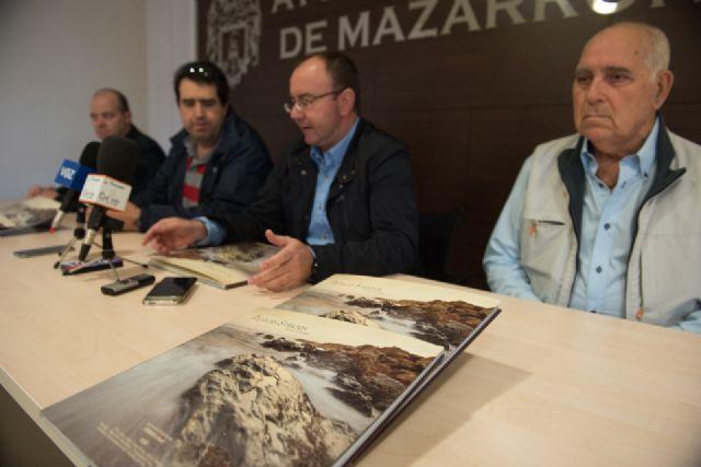 Los paisajes de Bolnuevo quedan inmortalizados en un libro que recoge la visión de varios autores - 2, Foto 2