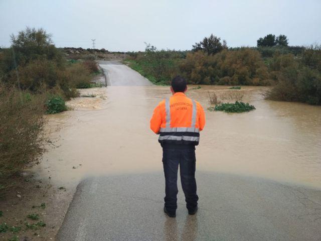 Se cortan al tráfico los caminos rurales de Juan Teresa y paso del Molino por el efecto de las lluvias registradas desde el comienzo del temporal