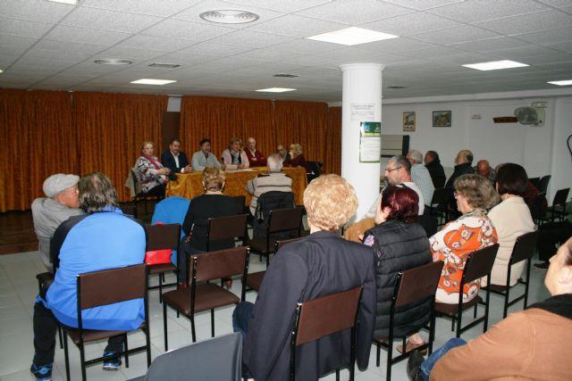 Se celebra la Asamblea General Ordinaria del Centro Municipal de Personas Mayores de la plaza de la Balsa Vieja - 5, Foto 5