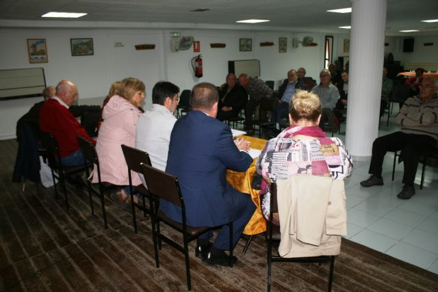 The Ordinary General Assembly of the Municipal Center for Older Persons of the Plaza de la Balsa Vieja is held, Foto 7