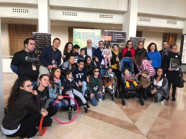 Cerca de una veintena de niños disfrutaron del programa de Respiro familiar ofertado por D´Genes durante su XII Congreso Internacional de Enfermedades Raras