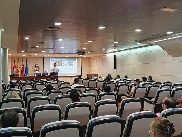 Ya se ha abierto el plazo para participar en las nuevas actuaciones formativas incluidas en la tercera fase del proyecto de empleo municipal 'SUMAMOS' - 1, Foto 1