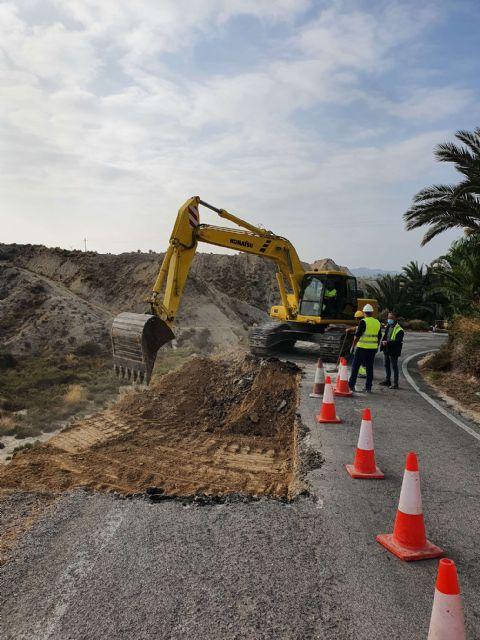 Fomento realiza una obra de mejora de la seguridad vial carretera regional que comunica Abanilla con la pedanía Macisvenda - 1, Foto 1