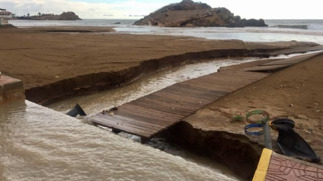 Emergencias Municipales controlan la situación en Mazarrón tras el temporal, Foto 1