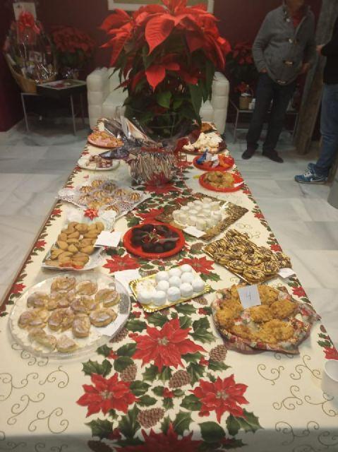 María del Mar Navarro obtiene el primer premio en el IX Concurso de Dulces de Navidad de Puerto Lumbreras - 2, Foto 2