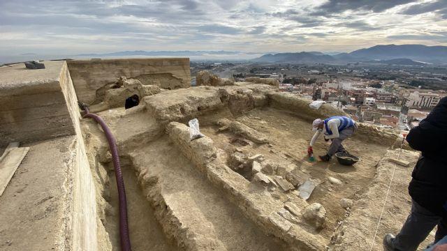 Los trabajos de restauración en el Castillo de Nogalte sacan a la luz espacios habitacionales y parte de la muralla perimetral del siglo XII - 1, Foto 1